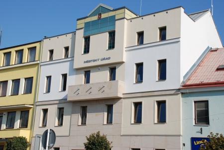 Stavební úpravy a nástavba č.p. 90 v Týništi nad Orlicí